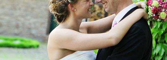 Después de la boda y del viaje de novios, es el momento de enviar unas tarjetas de agradecimiento a tus invitados para expresar lo mucho que significó para vosotros que estuvieran presentes en la boda.