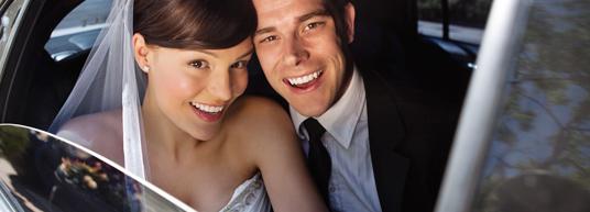Diseña unas tarjetitas a juego para decirle a tus invitados cuál es vuestra lista de boda.